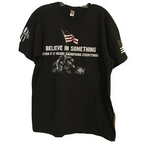 american Appareal T shirt L color black with